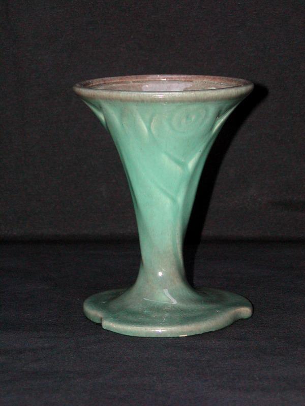 Potterie Kennemerland, Velsen, spuitglazuur kelkvorm